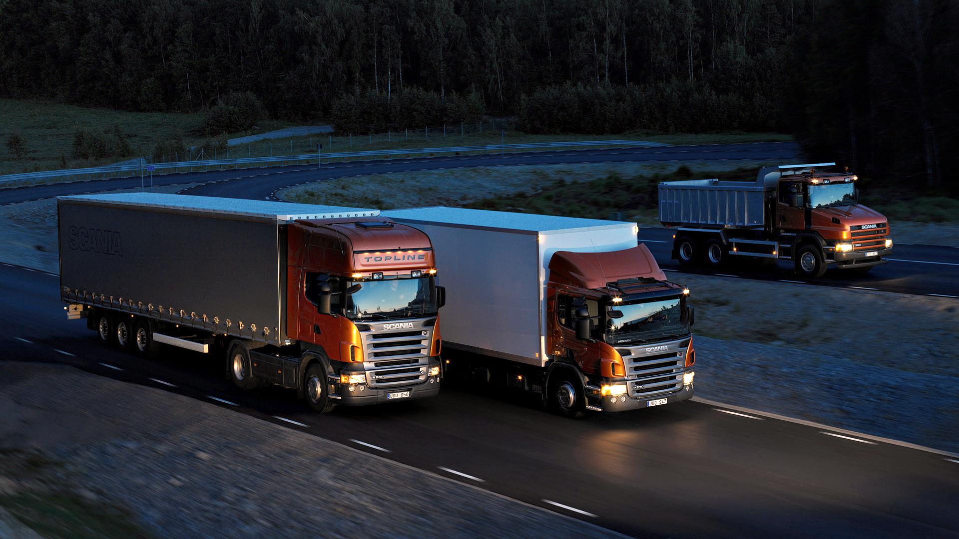 превоз с камиони